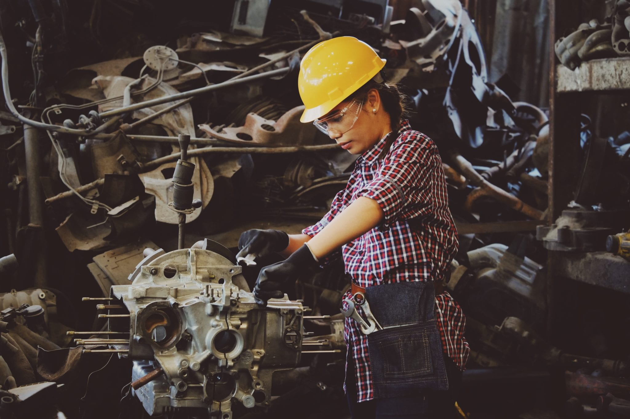 factory-factory-worker-girl-1108101