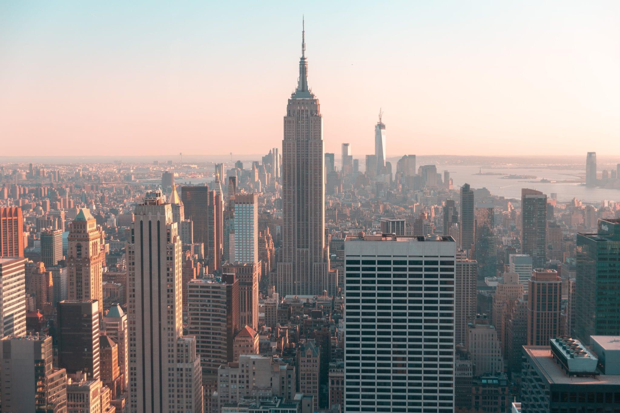 architecture-buildings-city-2190283